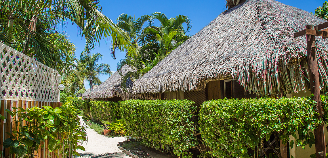 https://tahititourisme.nz/wp-content/uploads/2017/07/SLIDER1-Village-Temanuata.jpg