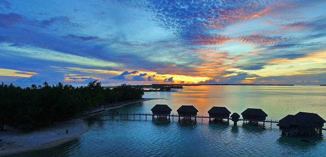 https://tahititourisme.nz/wp-content/uploads/2017/07/SLIDER3-Tikehau-Pearl-Beach-Resort.jpg
