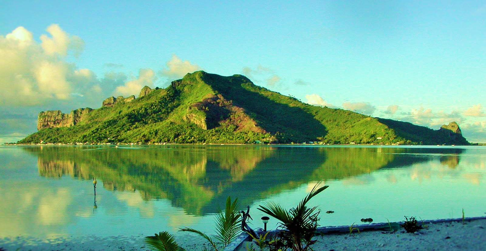 https://tahititourisme.nz/wp-content/uploads/2017/08/Couverture-1-46.jpg