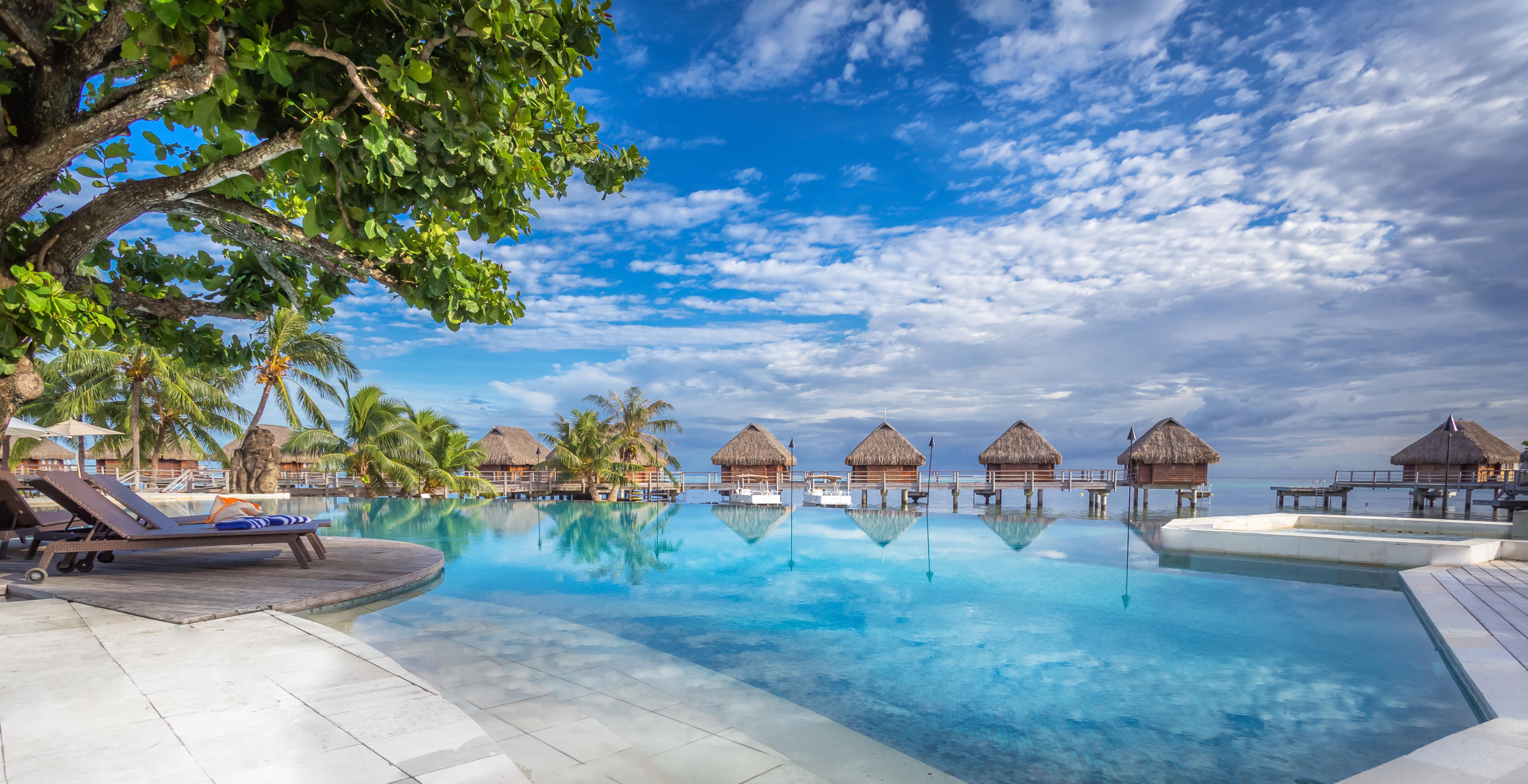 https://tahititourisme.nz/wp-content/uploads/2017/08/HEBERGEMENT-Manava-Beach-Resort-and-Spa-Moorea-1-Charles_Veronese.jpg