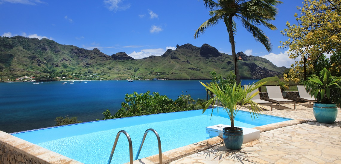 https://tahititourisme.nz/wp-content/uploads/2017/08/HEBERGEMENT-Nuku-Hiva-Pearl-Lodge-2.jpg