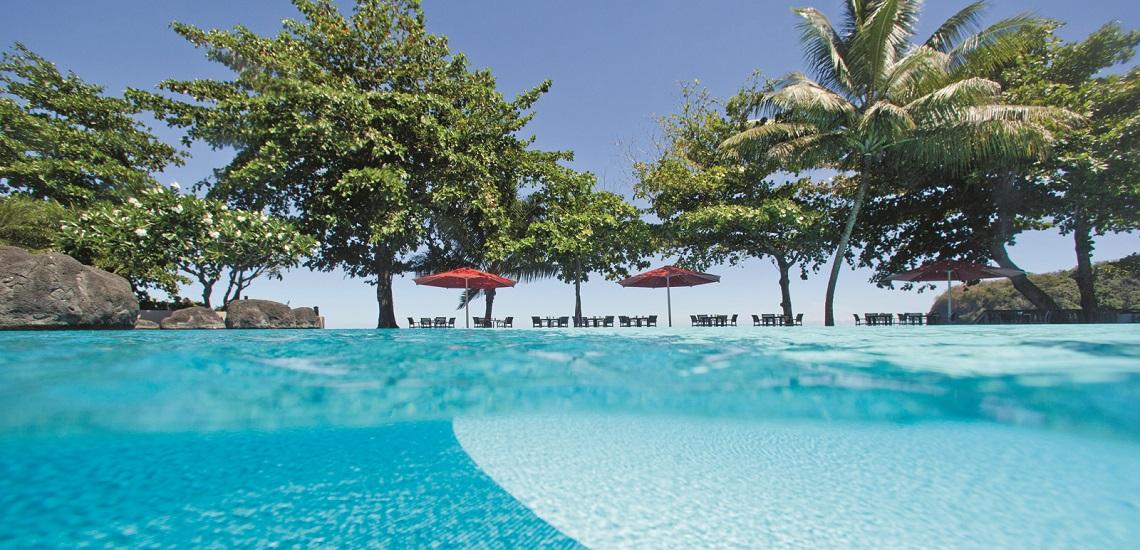 https://tahititourisme.nz/wp-content/uploads/2017/08/HEBERGEMENT-Tahiti-Pearl-Beach-Resort-3.jpg