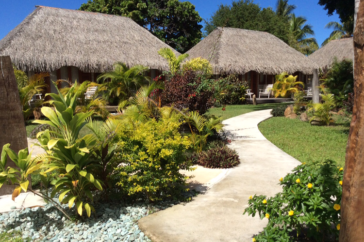 https://tahititourisme.nz/wp-content/uploads/2017/11/mblh_page_acc_2_new.jpg