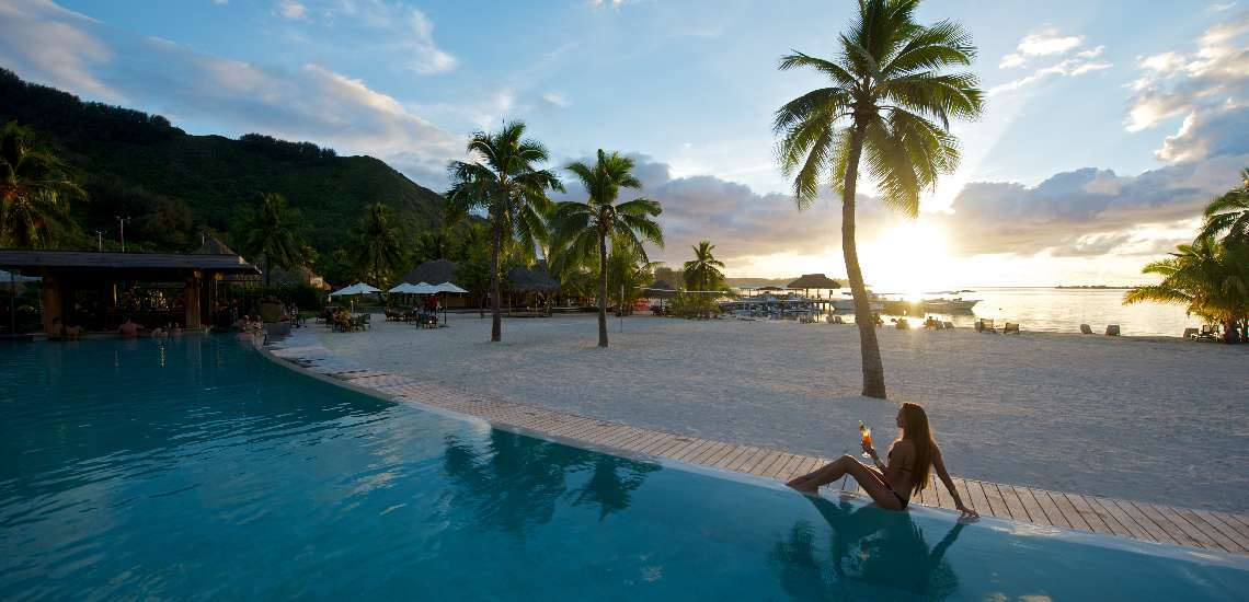 https://tahititourisme.nz/wp-content/uploads/2017/12/intercontinental-moorea-resort-spa_7559271070_o_600.jpg