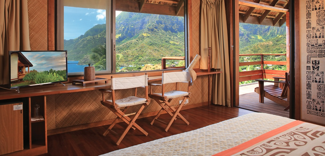 https://tahititourisme.nz/wp-content/uploads/2018/03/HEBERGEMENT-Hiva-Oa-Hanakee-Pearl-Lodge-2.jpg