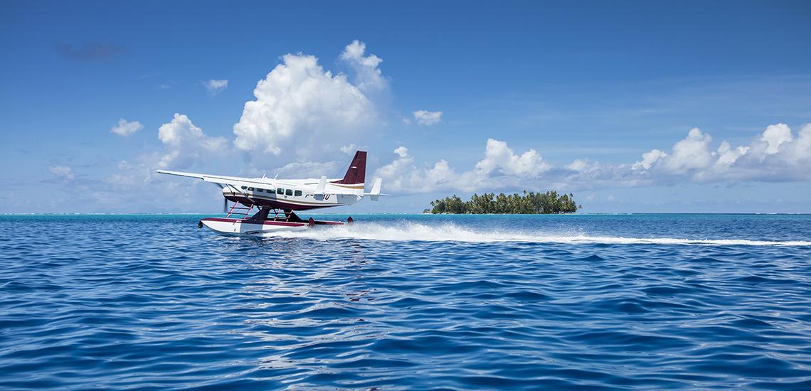 https://tahititourisme.nz/wp-content/uploads/2018/05/Lagoon-landing-@Gregoire-Le-Bacon-1.jpg
