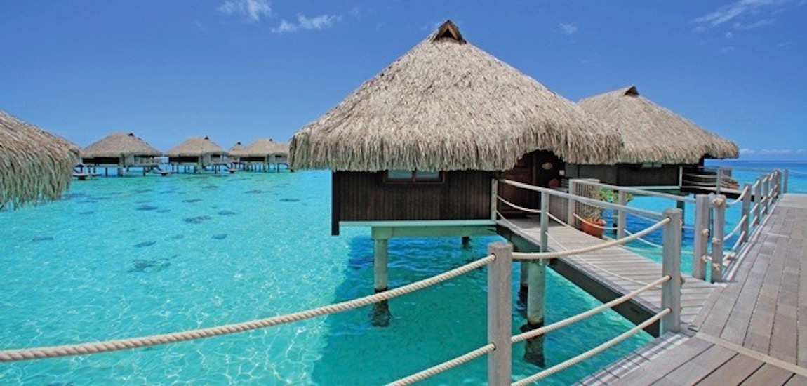 https://tahititourisme.nz/wp-content/uploads/2018/07/HL_overwaterbungalow01_27_675x359_FitToBoxSmallDimension_Center-2.jpg