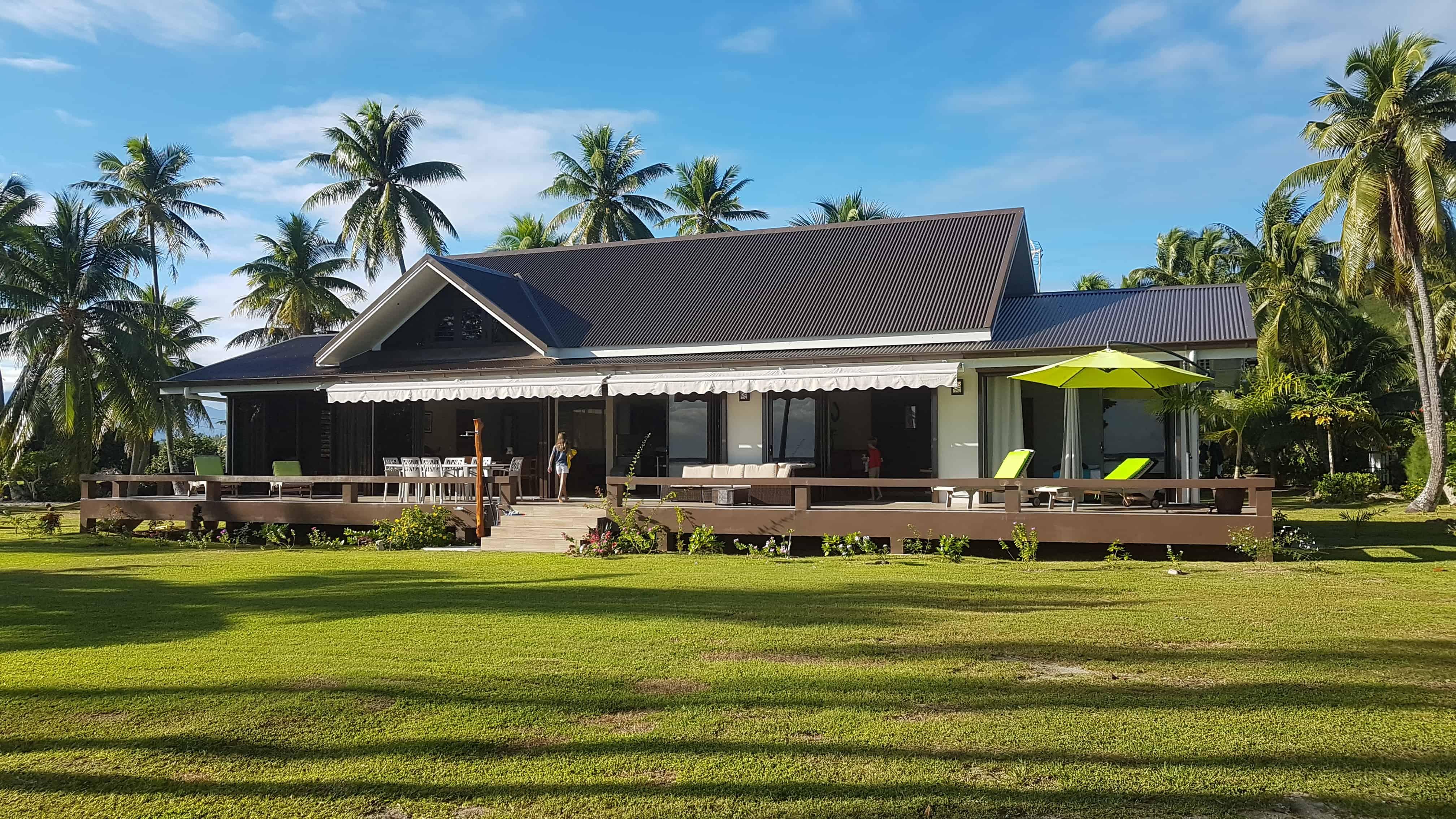 https://tahititourisme.nz/wp-content/uploads/2018/09/Villa-Tiarenui-by-Tahiti-Homes-®-a-Moorea-4.jpg