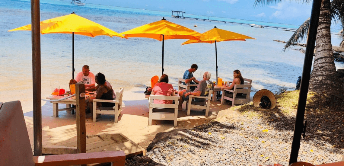 https://tahititourisme.nz/wp-content/uploads/2020/01/mooreabeachcafe_1140x5502-min.png