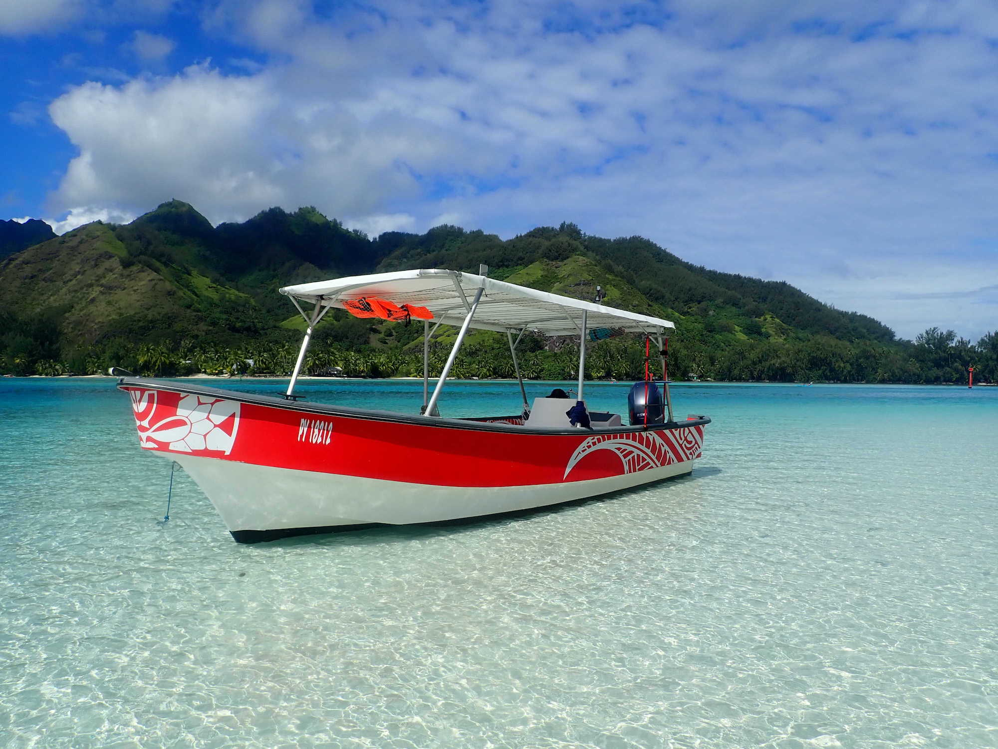 https://tahititourisme.nz/wp-content/uploads/2020/09/Boat-Hinaloa.jpg
