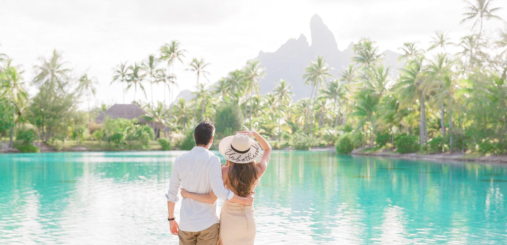 https://tahititourisme.nz/wp-content/uploads/2021/04/PCP-Bora-Bora-Photographer-St-Regis-Honeymoon.jpg